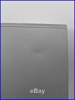 Microsoft Surface Book 2 Win 10 i7-8650U GTX 1050 1.9Ghz 8GB Ram 256GB SSD 13.5