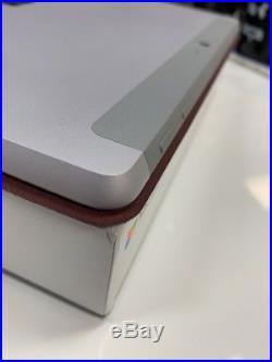 Microsoft Surface Go 8GB RAM/128GB SSD + TypeCover + Pen + Windows 10 PRO