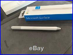 Microsoft Surface Pro 2017 128GB SSD, 8GB, Type cover with fingerprint, Docking St