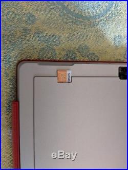 Microsoft Surface Pro 3 128GB Core i3 Win 10 4Gb RAM 64 GB SD Card