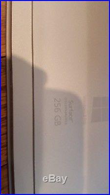 Microsoft Surface Pro 3 i5 1.9GHz 256GB 8GB Windows 10 Pro (Wifi bundle)