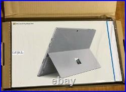 Microsoft Surface Pro 4 12.3 (256 GB, 8 GB RAM, Intel Core i7) Silver
