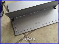 Microsoft Surface Pro 4 128GB 12.3in (Intel Core i5 4 GB RAM) READ-Display