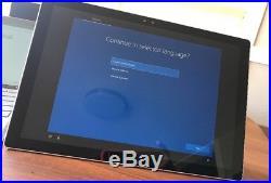 Microsoft Surface Pro 4 128GB, Wi-Fi, 12.3in Silver (Intel Core m3 4 GB RAM)