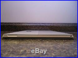 Microsoft Surface Pro 4 i5 2.40GHz 8GB 256GB bundle Type Cover