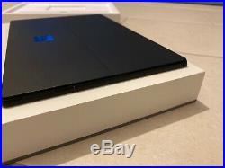 Microsoft Surface Pro 6 256GB Core i5-8250U 1.6GHz Wi-Fi 12.3 Win 10 Home Black