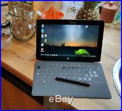 Surface Pro 256GB 8GB I5 2.6GHZ WIN10PRO Bundle Touch Cover 2 Wacom pen NO FAULT